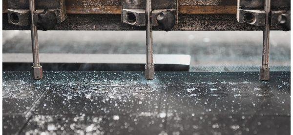 Wasserstrahlschneiden ermöglicht eine hohen Verschachtelungsdichte